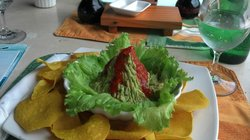 Volcano guacamole and chips at the swim up bar
