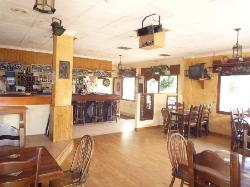Anandas Bar and Pizzeria