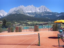Peter Burwash International Tennis School