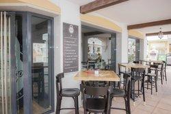 El Banco Restaurant & Bar