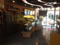 St. Rossa Cafe'