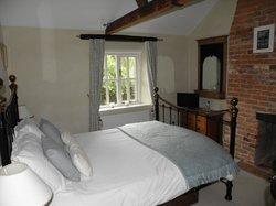 Colindale Cottage Bed & Breakfast