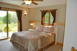 Spirit Cove Lodge B&B-Alexandria