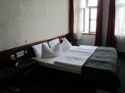 ホテル シュヴェリーナー ホフ