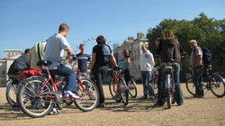 Fat Tire Bike Tours - London -Tur Sepeda