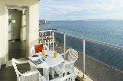 Apartamentos Pierre & Vacances La Manga Beach