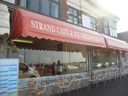 ‪Strand Cafe and Ice Cream Parlour‬
