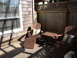 The wonderful and private fenced patio