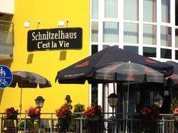 Schnitzelhaus C'est la Vie