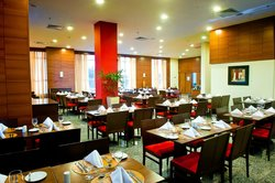 Restaurante Naia - Hotel Holiday Inn