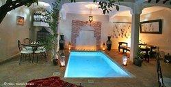 天堂鳥摩洛哥式中庭旅館