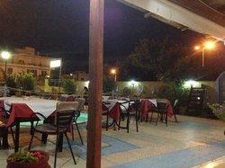 Toula Taverna