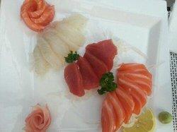 M & J Sushi