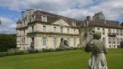 Ambleville Chateau et Jardin