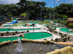 Bolas Locas Mini Golf