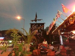 The Black Pearl Bar and food.