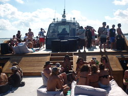 Drunken Monkeyz Bali Party Boat