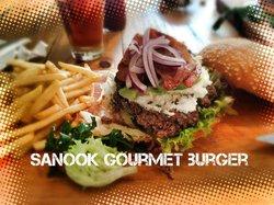 Sanook Cafe