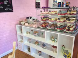 Lazy Days Cupcake Boutique