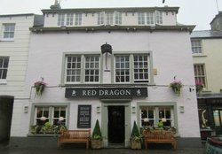 ‪Red Dragon Inn‬