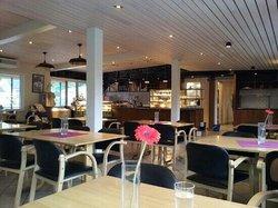 Ben's Kafe og Motell