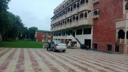 Hotel Amit Palace