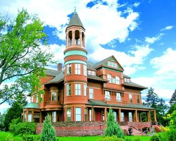 Fairlawn Mansion & Museum