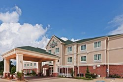 Broadway Inn & Suites