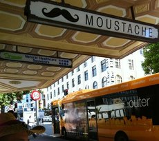 Moustache Milk & Cookie Bar