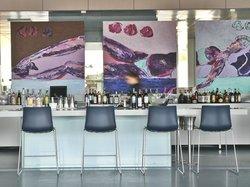 Ipsylon Bar & Lounge