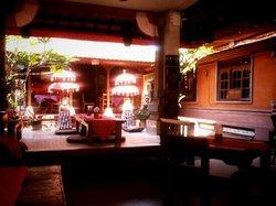 Canderi Restaurant