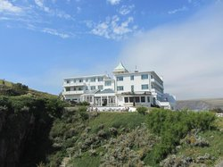 The hotel from the island