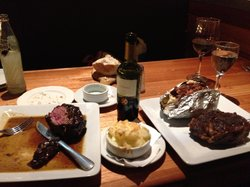 Las Chilcas Grill & Wine