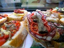 La bruschetteria pane e pomodoro