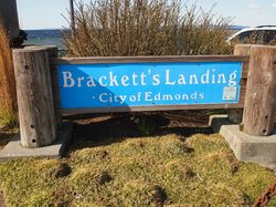 Brackett's Landing North