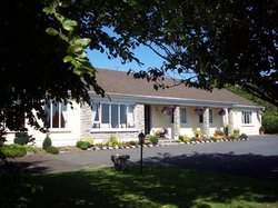 Lakefield Lodge Bed & Breakfast