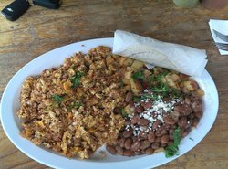 La Mission Mexican Grill