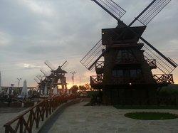 Hydropark Wind Mills