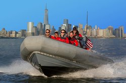 New York Media Boat / Adventure Sightseeing Tours