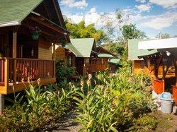 Sisakuna Lodge