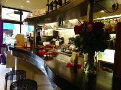 Elio'a Cafe