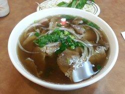 Le's Pho Tai