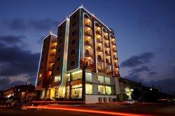 Basiri Plaza Hotel