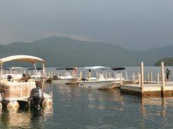 Chic's Marina Boat Rentals