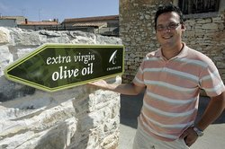 Chiavalon Organic Extra Virgin Olive Oil