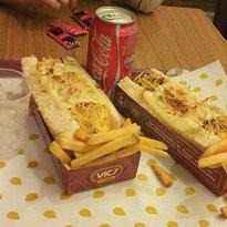 Vic's Hot Dog Gourmet