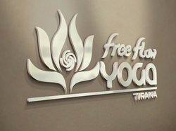 Free Flow Yoga