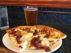 scallops and bacon pizza
