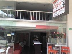 Galyan Cafe