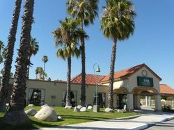 GuestHouse Inn & Suites Norwalk